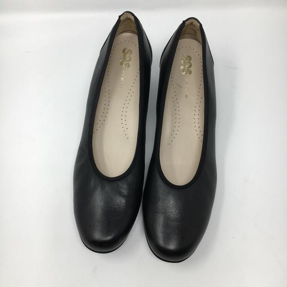 93f0d2c7f80a SAS womens comfort Milano pumps black size 11N. SAS.  M 5b70ce98aaa5b846711e25bf. M 5b70ce99a5d7c6bb67157e84.  M 5b70ce99bb761512c7d42f04